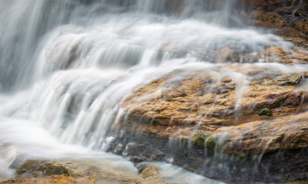 Of Waterfalls and Polarizers